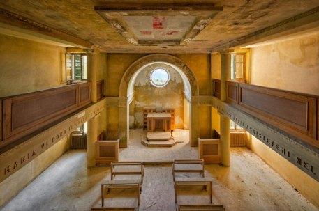 Fotografie/ Lost Churches