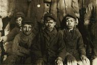 child_labor_breaker_boys