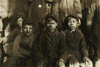 child_labor_breaker_boys
